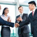 ビジネスで使える英語の自己紹介フレーズ|訪問・メール時のポイント